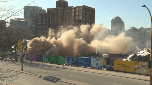 Old Montreal Children's Hospital gets torn down